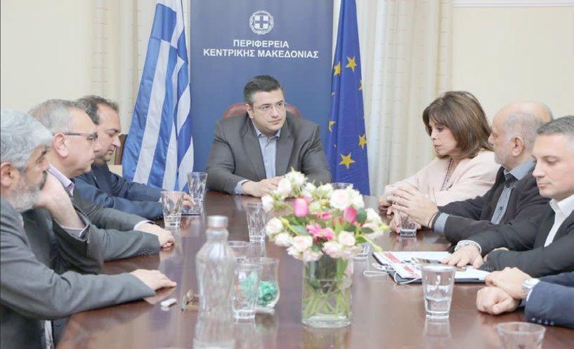 Με τη νέα διοίκηση του επαγγελματικού επιμελητήριου Θεσσαλονίκης  συναντήθηκε ο Απόστολος Τζιτζικώστας