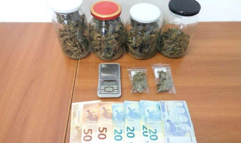 Σύλληψη 25χρονου για ναρκωτικά