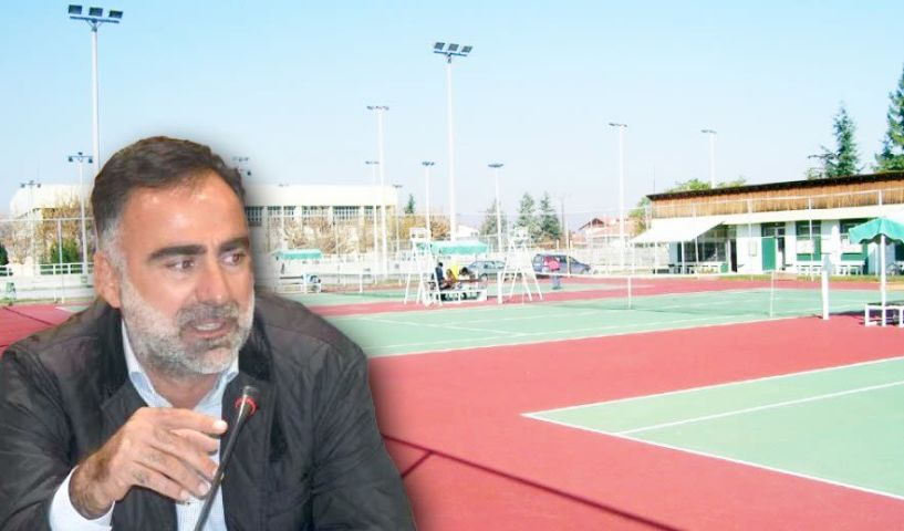 Ο αντιδήμαρχος Βέροιας Άρης Λαζαρίδης στον ΑΚΟΥ 99.6 «Λαϊκά και Αιρετικά» - Εγκαίνια και πανελλήνιοι αγώνες τένις σήμερα στο ΔΑΚ Μακροχωρίου Την Πέμπτη υπογράφεται η σύμβαση αποπεράτωσης της γέφυρας Κούσιου