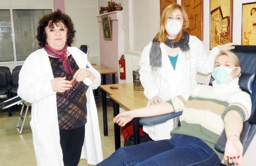 Με 13 φιάλες αίμα «άνοιξε λογαριασμό»  η αιμοδοσία στο ΚΑΠΗ Βέροιας