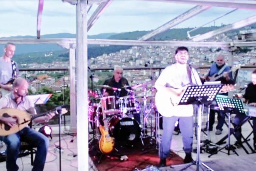 Μουσική αντεπίθεση του «Μπούσουλα» στην πανδημία, για τη στήριξη των επαγγελματιών