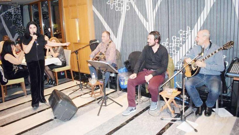 Οι θεραπευτικές ιδιότητες της μουσικής  και η… επιτακτική ανάγκη για μουσικοθεραπεία