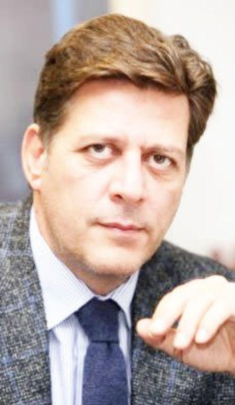 Ο Μ. Βαρβιτσιώτης  στις εκδηλώσεις  του Ολοκαυτώματος  στη Νάουσα