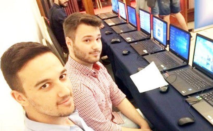 Ο βεροιώτης Σπύρος  Παναγιωτόπουλος και  ο Κώστας Κατσιμεντές  σε ένα πρότζεκτ  για αυριανούς επαγγελματίες