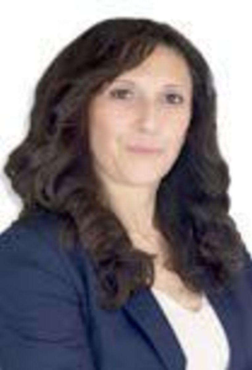 Έφη Καντσάδου - Yποψήφια βουλευτής με την «Δημιουργία Ξανά»