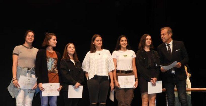 Πολίτες, εθελοντές, μαθητές και αθλητές που έλαβαν τιμητικές διακρίσεις