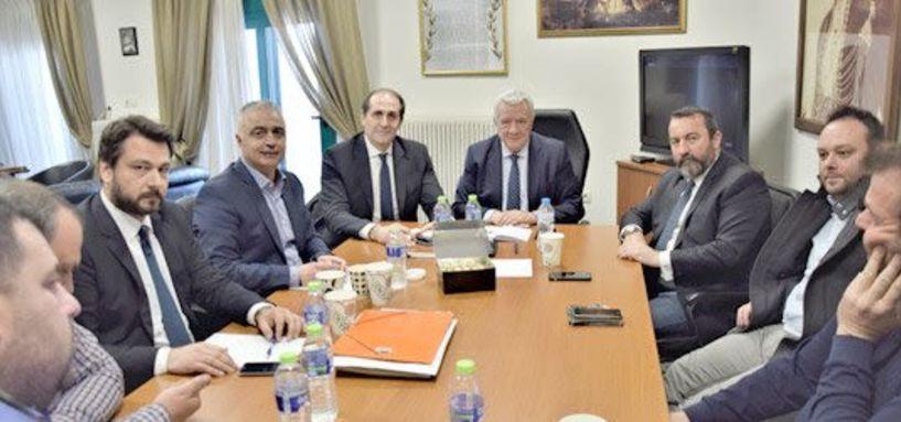 Χθες στο Δημαρχείο Αλεξάνδρειας - Σύσκεψη για την επαναλειτουργία   της Ελληνικής Βιομηχανίας   Ζάχαρης στο Πλατύ