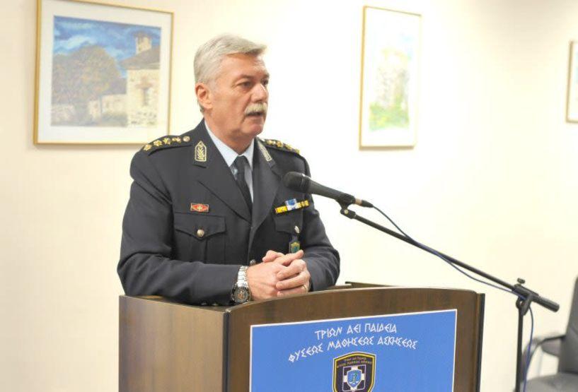 Πιστοποιητικά σπουδών σε 26 Αστυνομικούς από τη Σχολή Μετεκπαίδευσης  και Επιμόρφωσης Βέροιας