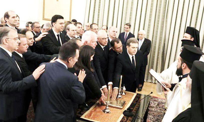 Μετά την ορκωμοσία Τσίπρα το 2015  επανήλθε ο Αρχιεπίσκοπος και οι γραβάτες