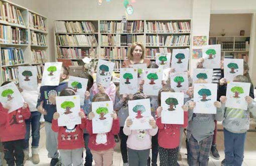 """Δημοτική Βιβλιοθήκη Πλατέος - Επίσκεψη των """"Θεατρομπόμπιρων"""" της Κορίνας Εσερμπόγλου   και του Νηπιαγωγείου Πλατέος"""