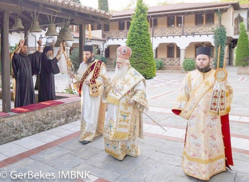 Για την εορτή της Ζωοδόχου Πηγής πανηγύρισε χθες η Ιερά Μονή Παναγίας Δοβρά