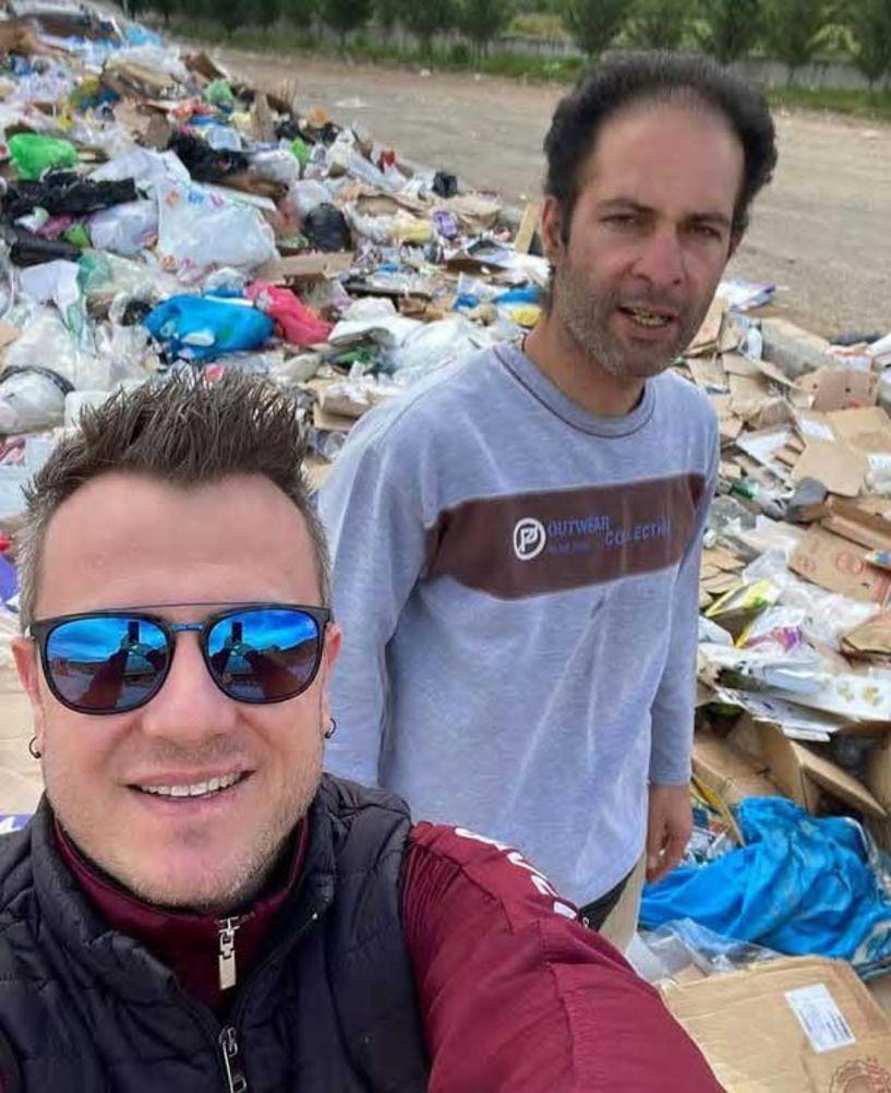 «Ήρωες» δύο υπάλληλοι της καθαριότητας Βέροιας - «Έσωσαν» το λάθος υπαλλήλου μάρκετ ψάχνοντας 1 ώρα στα σκουπίδια