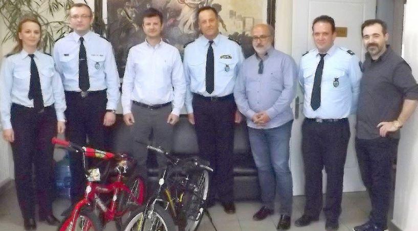 Δωρεά ποδηλάτων από τον ΤΟΒ στο Τμήμα Τροχαίας Βέροιας