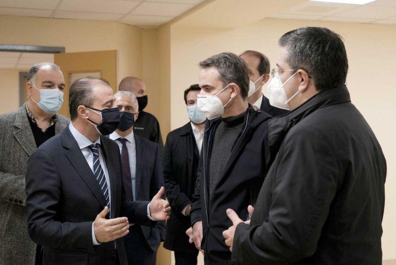 Κ. Μητσοτάκης: Προσοχή στις χριστουγεννιάτικες συγκεντρώσεις, στις 27 Δεκεμβρίου οι πρώτοι εμβολιασμοί, αρχές του 2021 παραδίδεται η νέα πτέρυγα του Νοσοκομείου Βέροιας