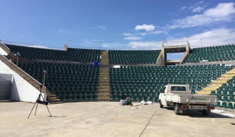 Νέα καθίσματα στο Δημοτικό Αμφιθέατρο Αλεξάνδρειας
