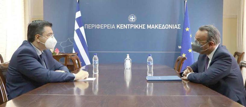 Συνάντηση Τζιτζικώστα - Σταϊκούρα για την οικονομία και τις προοπτικές στην Περιφέρεια