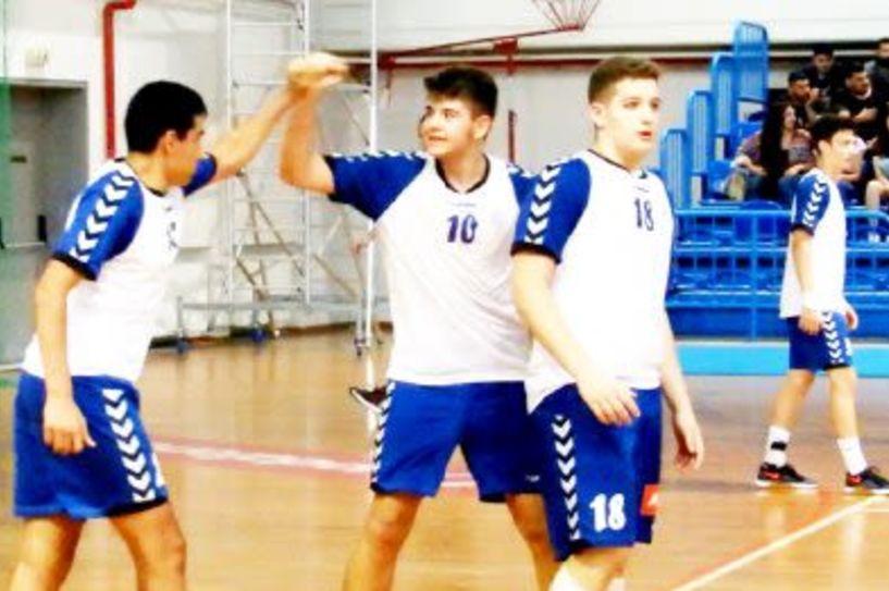 Χάντμπολ - Παιχνίδια προετοιμασίας - Νίκες για έφηβους και παίδες επί της Βουλγαρίας
