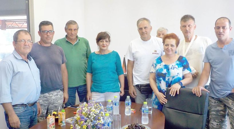 Τον Αγροτικό Συνεταιρισμό   Νάουσας επισκέφθηκε  η βουλευτής Φρόσω Καρασαρλίδου
