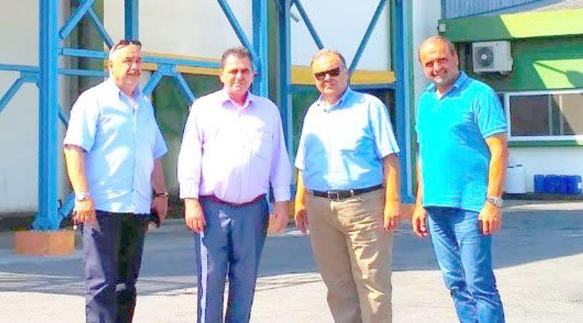 Τις μεταποιητικές,   συνεταιριστικές και ιδιωτικές,   επιχειρήσεις της Ημαθίας   επισκέφθηκε ο    αντιπεριφερειάρχης και υψηλά στελέχη της Π.Ε. Ημαθίας