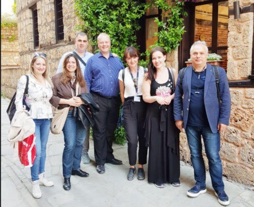Βραβευμένοι Αμερικάνοι tour operators  σε Βεργίνα και Βέροια