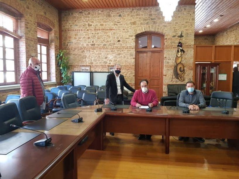 Κατασκευή κυκλικού κόμβου στο Μακροχώρι - Υπεγράφη η σύμβαση