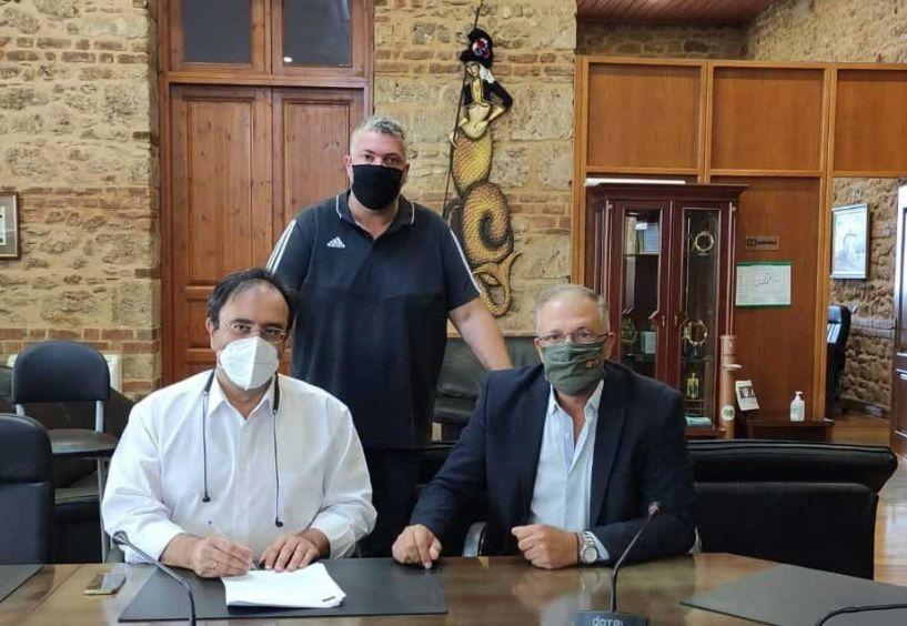 Ο Δήμος Βέροιας μπαίνει δυναμικά στην τουριστική προβολή της πόλης - Υπογραφή σύμβασης για τις Καινοτόμες ψηφιακές υπηρεσίες
