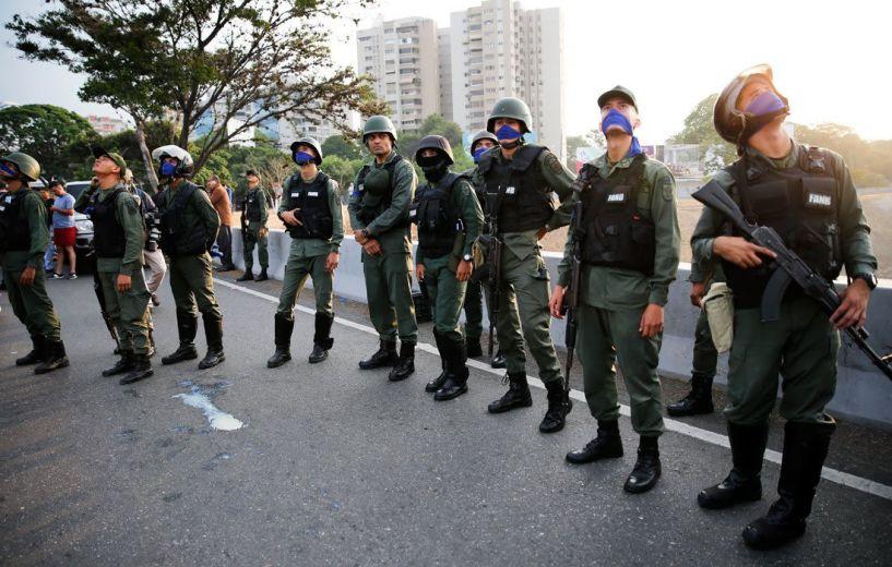 Στα πρόθυρα εμφυλίου η Βενεζουέλα