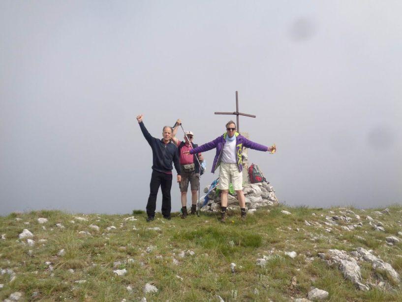 Βέρμιο: Κορυφή Ξηροβούνι με τους Ορειβάτες Βέροιας