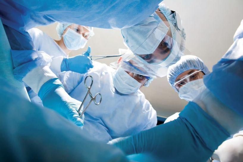 Αναβάλλονται τα χειρουργεία λόγω κορονοϊού! – Θα γίνονται μόνο τα έκτακτα - 2000 προσλήψεις σε νοσοκομεία, Κέντρα Υγείας και ΕΚΑΒ