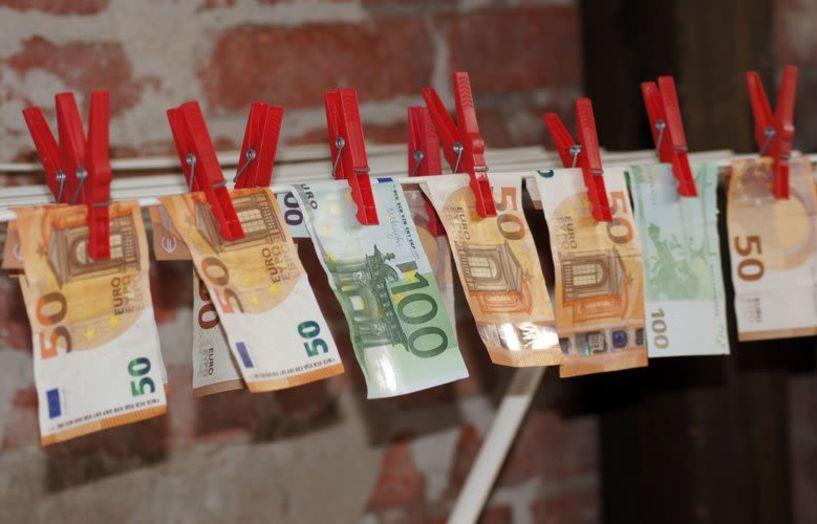 Για ξέπλυμα ελέγχονται 1.326 φορολογούμενοι με μεγάλα χρέη στην Εφορία
